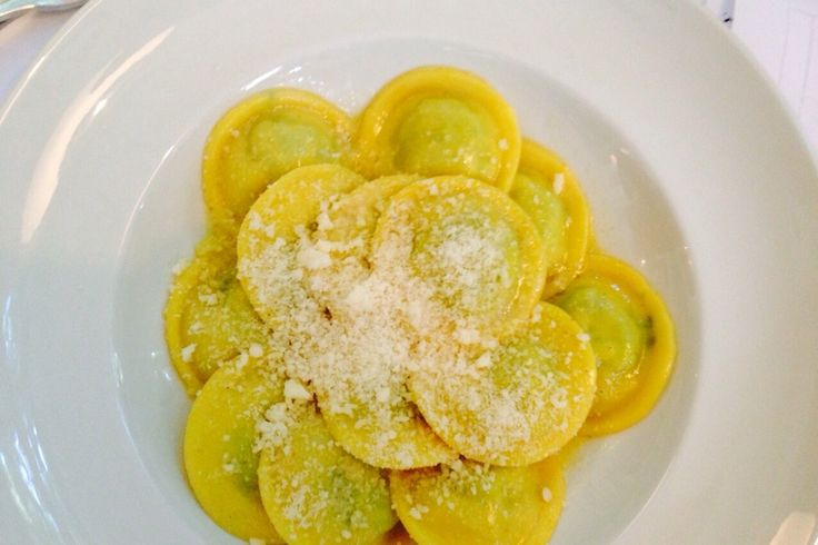 Со дня на день, в Оливе начнутся дни Тосканской кухни!) На фото - Тортеллини с рикотой и шпинатом!)