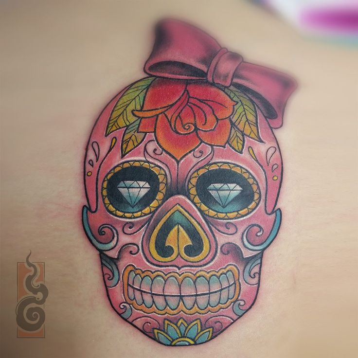 GolemTattoo / Tatouage, crâne mexicain / Tattoo, candy skull / www.golemtattoo.com / Tattoo by Laurian Roo / Cap d'Agde