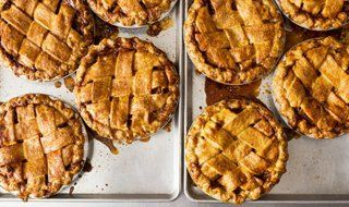 Four & Twenty Blackbirds - Salted Caramel apple pie