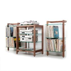 QUADRA Hifi-Rack made of walnut wood. Ideal for audio and stereo equipment.