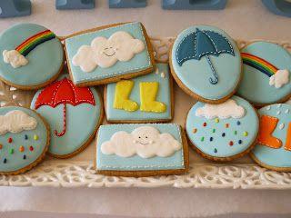 Biscoitos decorados tema chuva Chá de bebê Galochas, nuvens e arco-íris Decoração tema chuva #rainbabyshower #raincookies #temachuva #biscoitos