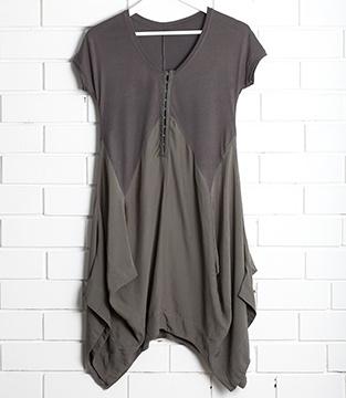 $145 SanCerre Ruby Capsleeve Dress - Small