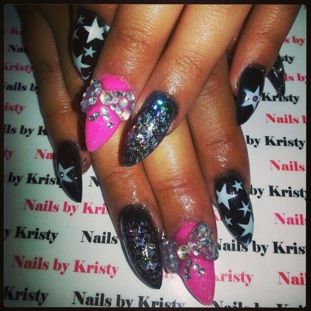 27 best dollar bill nails images on Pinterest | Fingernail ...