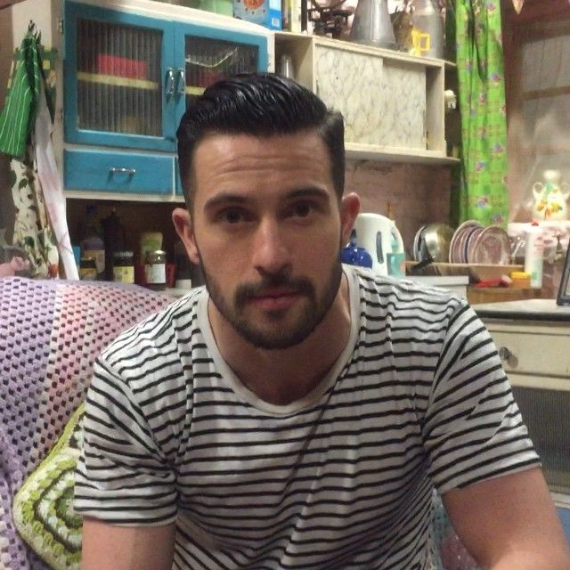19/01/2015 - Mike is here and ready for your questions on Twitter #AskMike #Emmerdale ask away! X #MichaelParr itvemmerdale instagram - he is so gorgeous I just can't...(BTYC)