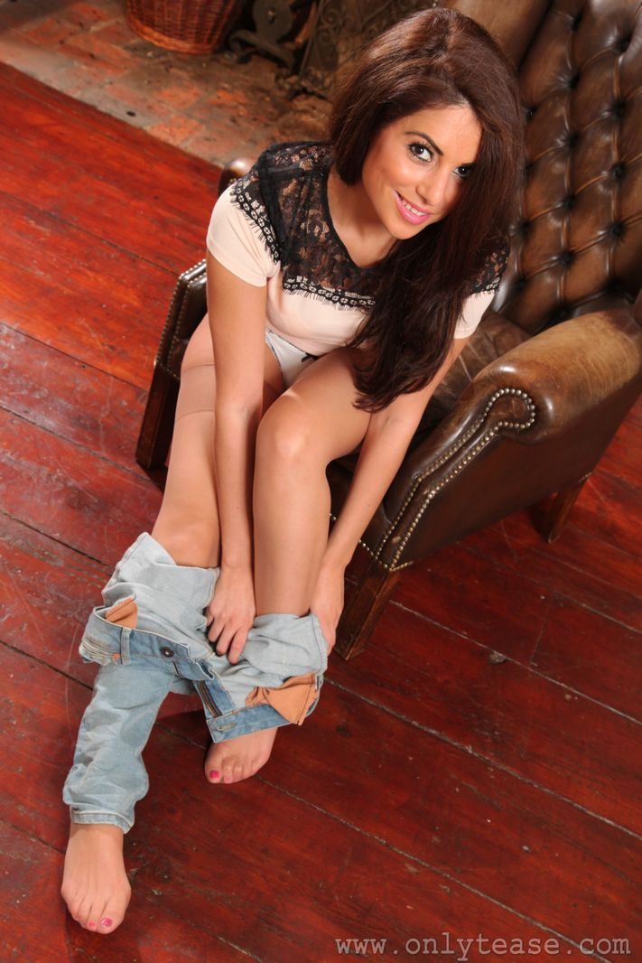 Feet pantyhose jeans images-9750