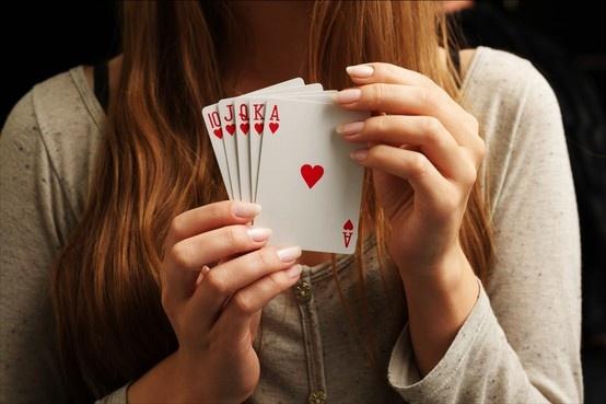 ¿Tienes más suerte en el amor o en juego? Ponla a prueba en Enjoy.