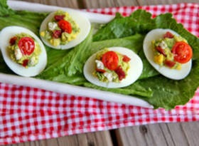 Cobb Salad Style Deviled Eggs - what a fun spin on deviled eggs! :): Food Recipes, Blue Cheese, Salad Style, Cobb Salad, Boiled Eggs, Eggs Contest, Better Recipes, Deviled Eggs, Devil Eggs