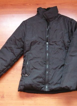 Kup mój przedmiot na #vintedpl http://www.vinted.pl/damska-odziez/kurtki/8561171-czarna-kurtka-damska