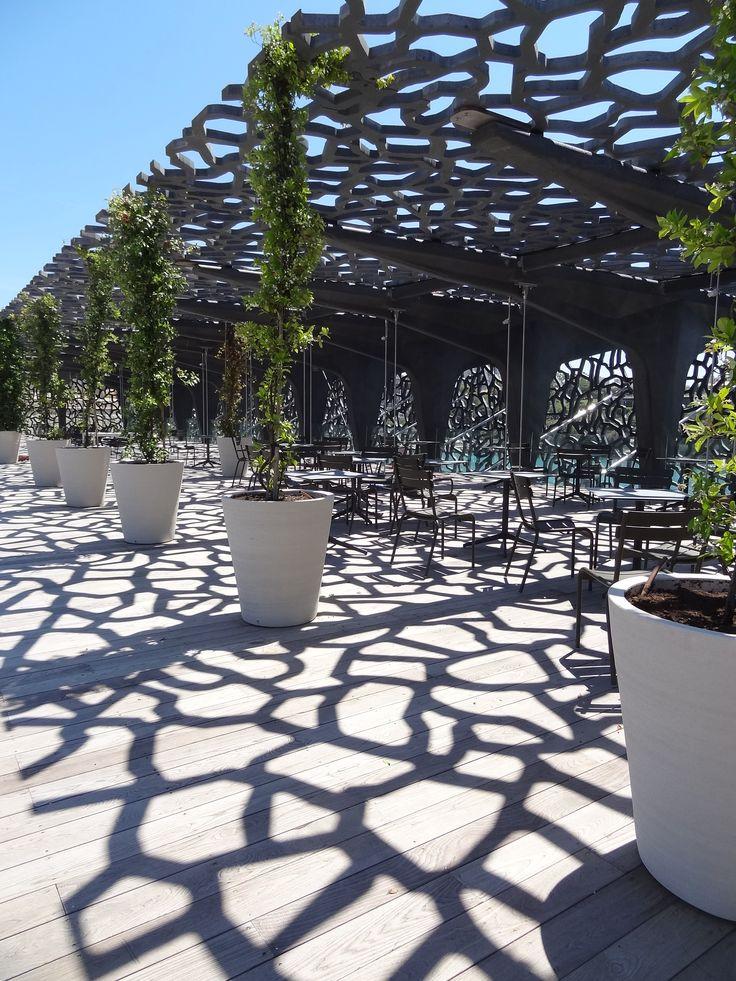 Gérald Passedat a de nouveau fait confiance à Thomas Gentilini pour sa nouvelle brasserie « Le Môle » située au MUCEM à Marseille.  www.thomasgentilini.com