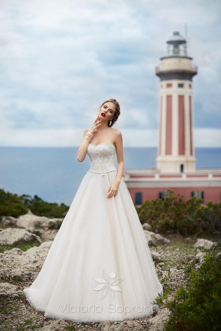 MILLI #wedding, #weddingdress, #nefelejcsruhaszalon, #esküvőiruha,#esküvő, #menyasszonyiruha,#menyasszony