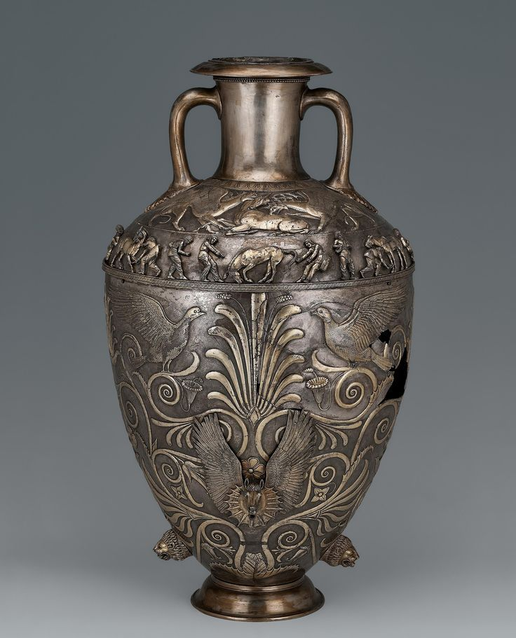 Amphora. Place: Russia (now Ukraine).  Period: Early Iron Age. Date: Scythian Culture. 4th century BC. Place of finding: Chertomlyk Barrow. Archaeological site: Dnieper Area, near Nikopol. Material: silver. | © 1998 - 2015 The State Hermitage Museum.
