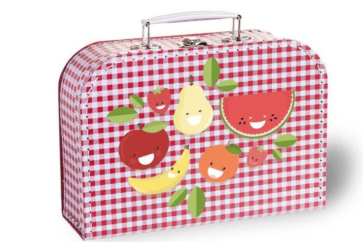 De koffertjes met leuke ontwerpen zijn leuk om cadeau te doen of als cadeauverpakking te gebruiken! Daarnaast kan het ook goed gebruikt worden om het kleine speelgoed of tekenspullen in op te ruimen. Wanneer u gaat reizen is het super leuk dat het kind dan met zijn of haar eigen koffertje op stap kan.