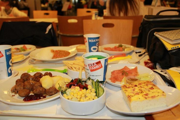 IKEAのフードコートを調査! A thorough analysis of IKEA's food court.