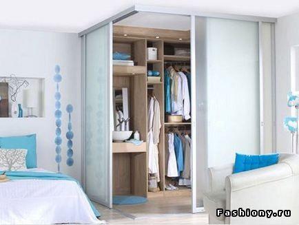 Интересное решение по входу в гардеробную