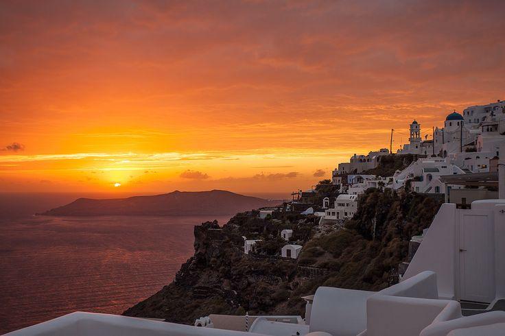 Amazing #Santorini #Sunset! Beautiful colors! #Romance