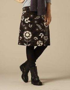 Consejos para combinar leggins y botas: fotos ejemplos - Leggins con falda…