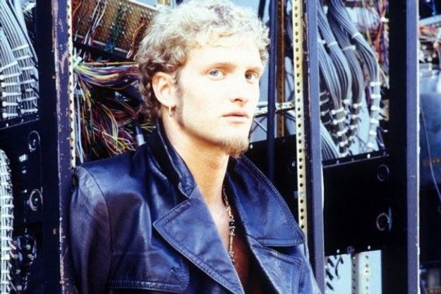 """""""Ten Things You Didn't Know About Layne Staley""""...yeah, right...sorry...I knew all of them ;)"""