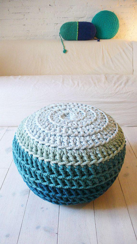 Pouf Crochet big The Blue por lacasadecoto en Etsy, €105.00