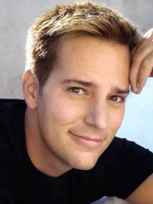 Allen Haff, another TV show hottie.  Auction Hunters