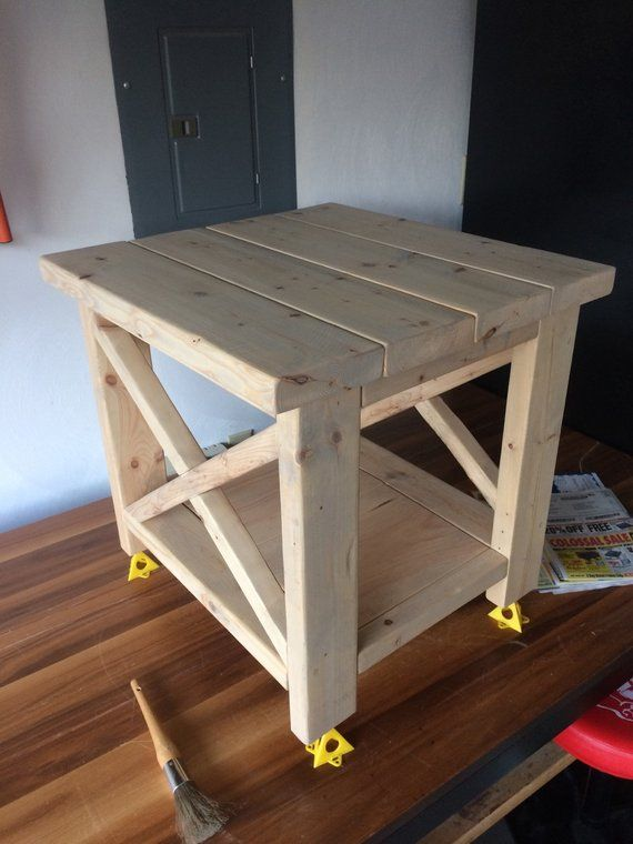 rustic farmhouse end table in 2019 products farmhouse end tables rh pinterest com