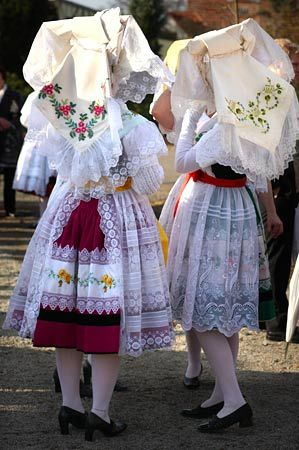 Spreewald Tracht: European Costumes, Costumes Women, Folk Costumesheadwear, Folk Costumes Headwear, National Costumes, Festivals Costumes, Traditional Costumes, European Folklore, Tribal Costumes