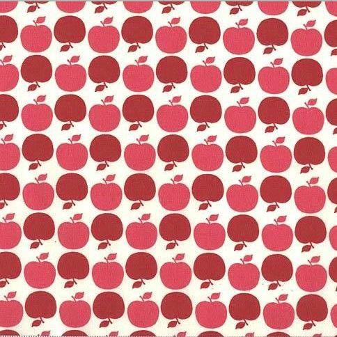 Stofbreedte 110cm, grootte appels ca. 2cm. Retro appels van Michael Miller, 100% katoen
