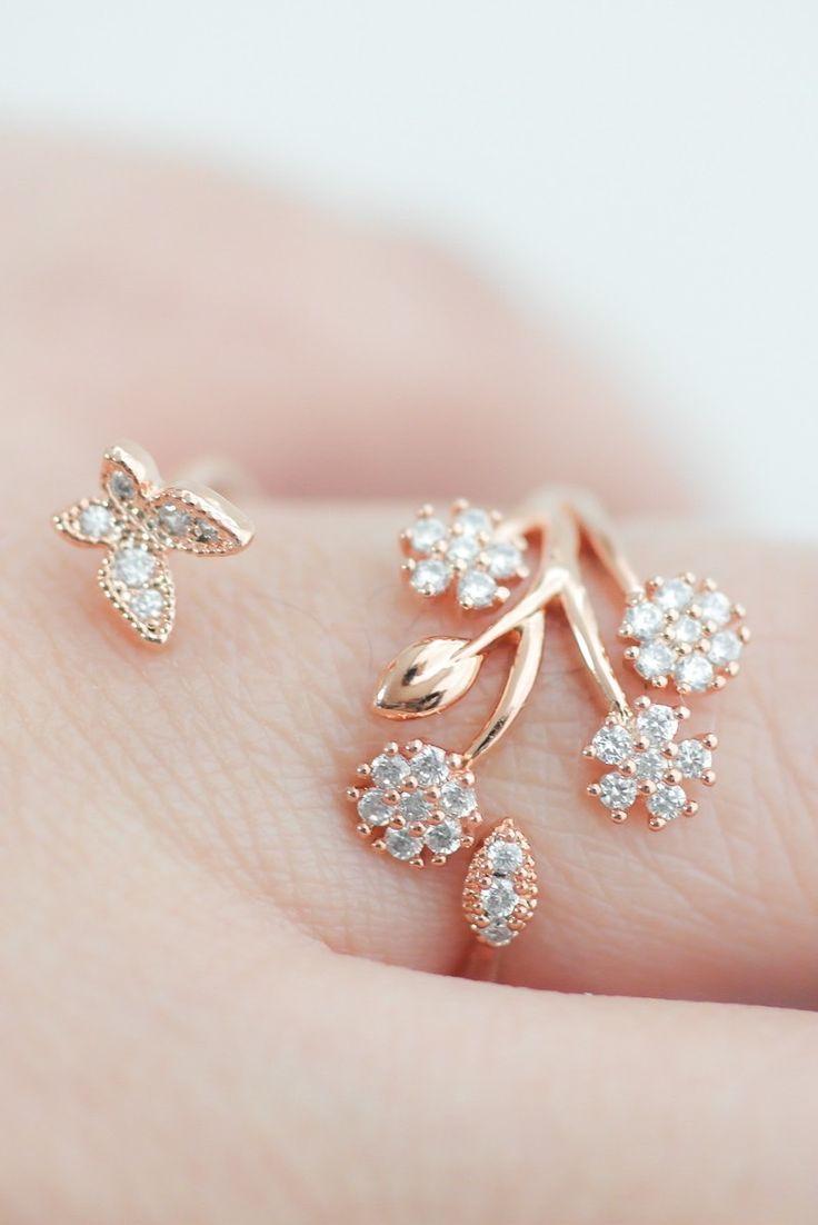 Delicate Crystal flower garden Adjustable ring in Pink Gold