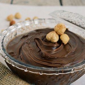 Σπιτική πραλίνα σοκολάτας φουντουκιού