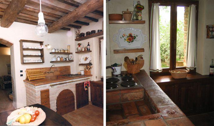 Al piano terreno: soggiorno (TV) con camino, divano(letto) ed accesso su un giardino privato (58m²) e attrezzato, cucina con zona pranzo.