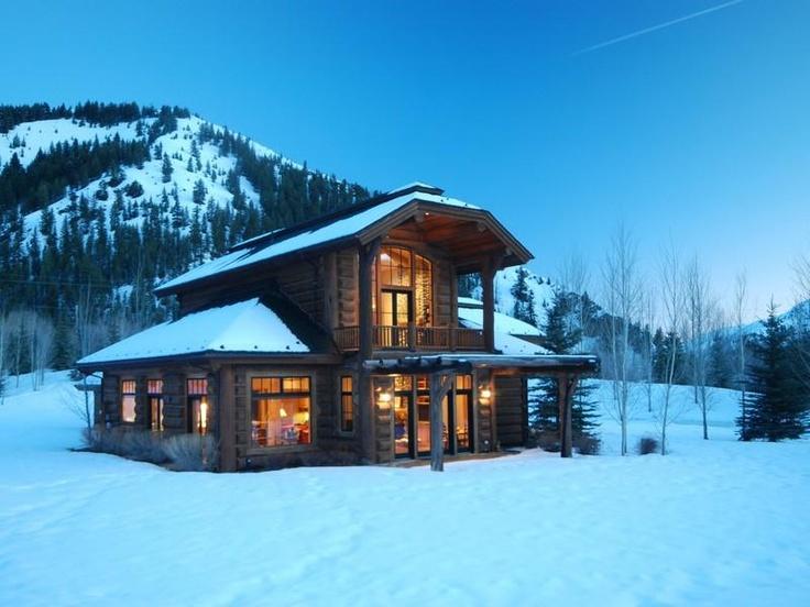 14 Best Classic Log Homes Images On Pinterest Log Homes