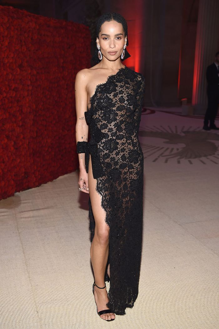 The Celebs Who Broke Anna Wintour S Met Gala Dress Code Zoe Kravitz