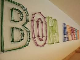 This is so cool!!! Use nails and rubber bands!!!