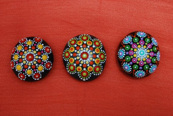 Mandala stones set of 3/ Small Mandala/ Wedding by Mandalaole