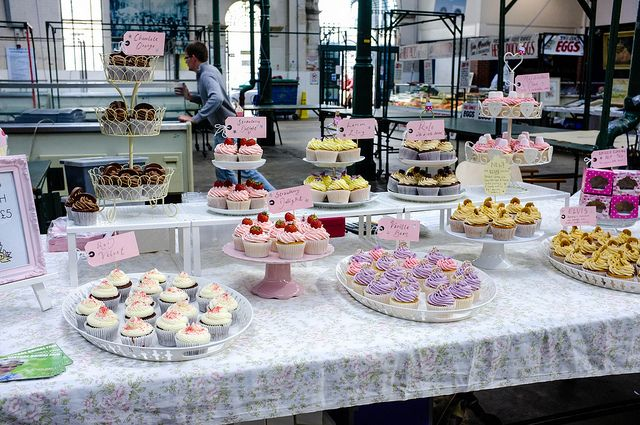Red Velvet Cake Recipe Uk Nigella: 10 Best Ways To Present/display Your Bakes Images On