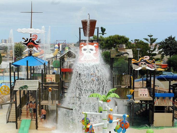 Illa Fantasia - water park - Barcelona - excursions and activities in Barcelona - GuideGo - travel planning on your smartphone