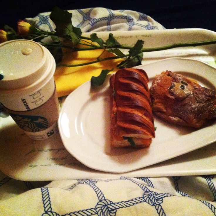 Birthday breakfast in bed ☺️