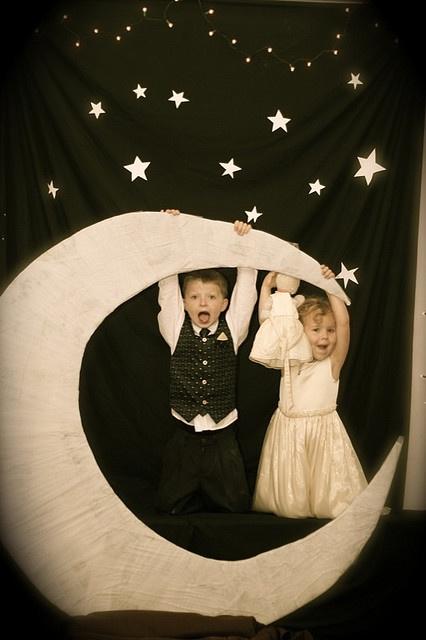 moon & stars photo booth