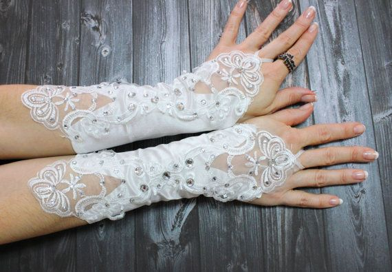 White strechy wedding lace pearl glove, Sexy Bride Wedding Party Crystal beaded gloves, Elbow bride bridal gloves, Bride trend