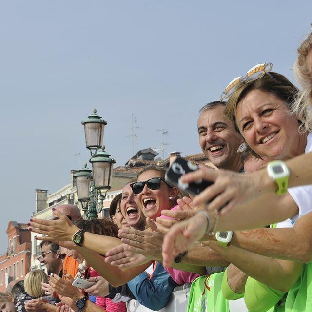 Il calore del pubblico alla Venicemarathon!