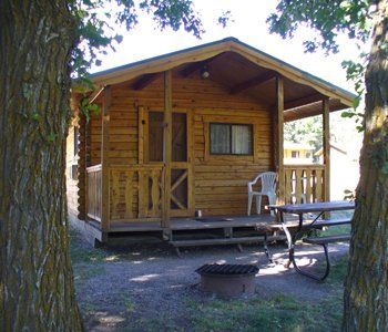 Spokane Creek Cabins Custer Sd