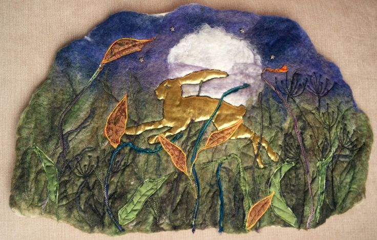 golden hare felt leaping full moon blythwhimsies 2016-07-28 17.14.17
