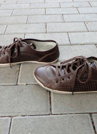 Kaufe meinen Artikel bei #Kleiderkreisel http://www.kleiderkreisel.de/damenschuhe/turnschuhe/107888618-schuhe-sneaker-braun-buffalo-basic