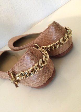 Kaufe meinen Artikel bei #Kleiderkreisel http://www.kleiderkreisel.de/damenschuhe/ballerinas/145772511-rachel-zoe-schuhe-ballerinas-beige-39-python-leder-gold-kette-chain-slipper-nude