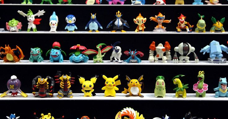 """Cómo encontrar a Larvitar en """"Emerald"""". Mientras que Larvitar no está disponible para los jugadores en """"Pokémon Emerald"""", puede ser encontrado e intercambiado de sus juegos hermanos, """"Pokémon FireRed"""" y """"Pokémon LeafGreen"""". Larvitar es un Pokémon de Tierra y Roca que evoluciona en Pupitar y luego en el gran Tyranitar. Ya que Tyranitar es uno de los Pokémones más fuertes, criarlo desde ..."""