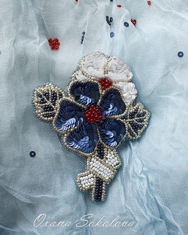 #брошь #брошьручнойвышивки #beadwork #brosche #handmadebrooch #beadembroidery #подарок #пайетки