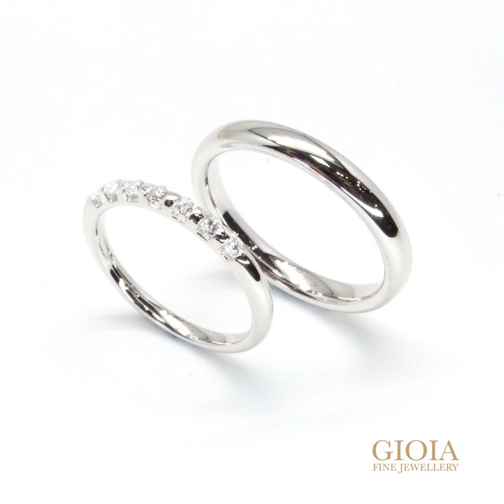 Handcrafted with round brilliant diamonds, and custom set in 18k (750) white gold. Start your story here Design your wedding rings with a personal touch.  https://gioia.com.sg/personalised-wedding-bands/