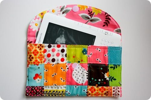 Patchwork Kindle Case tutorial by The Sometimes Crafter