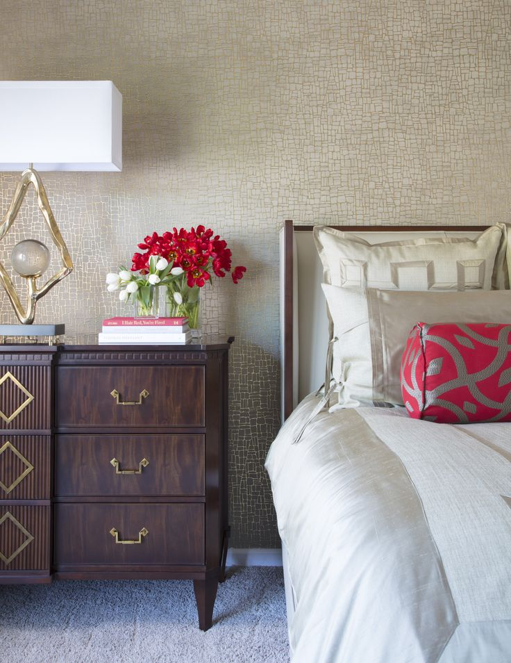 Die besten 25+ Schlafzimmer mit roten akzenten Ideen auf Pinterest - schlafzimmer mit ausblick ideen bilder