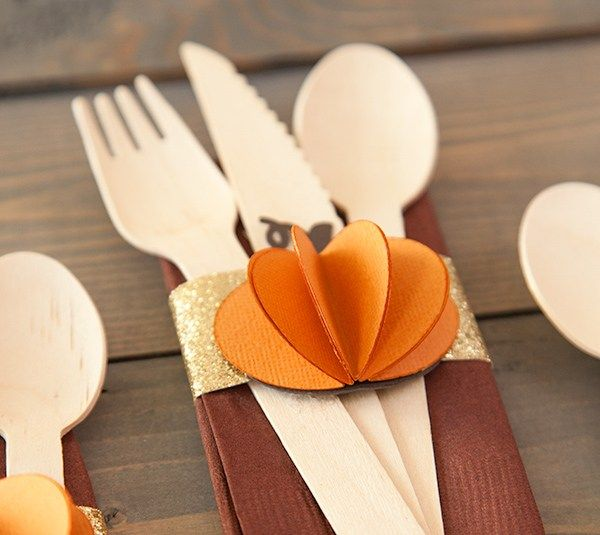 Fall napkin ring. Make It Now in Cricut Design Space