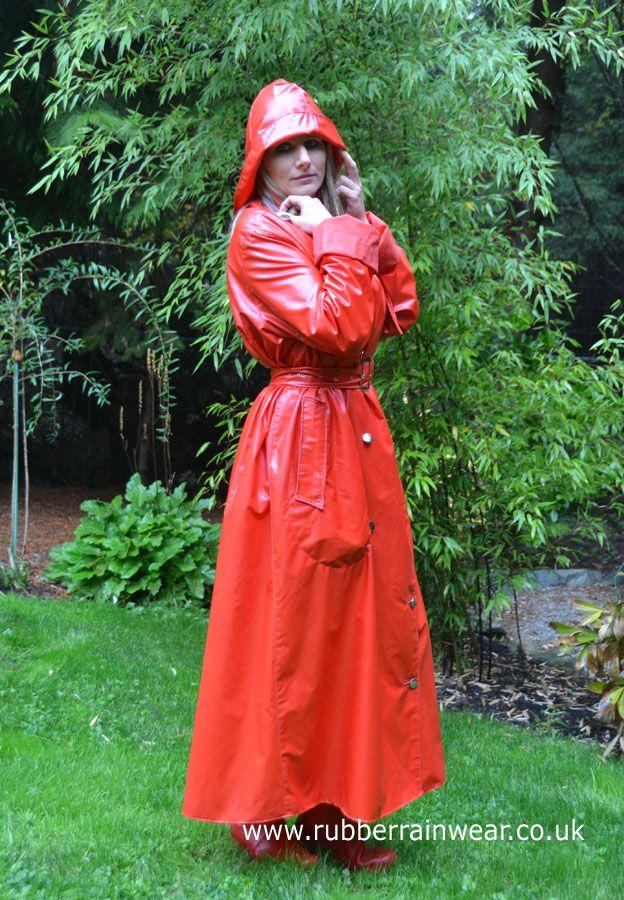 Enjoy this gorgeous blonde in her Rubber Rainwear!